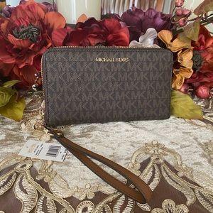 Michael Kors wallet & phone holder